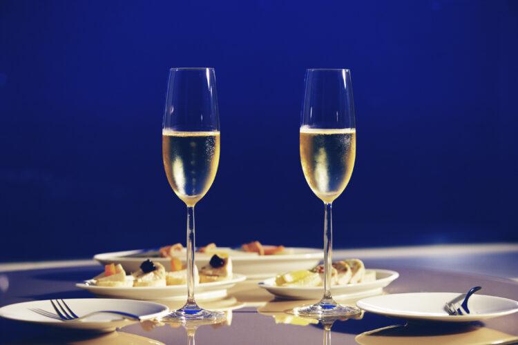 結婚記念日を「マイホテル」で過ごす特別ご優待サービスを8月16日より提供開始